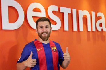 Destinia signs Messi's Iranian double